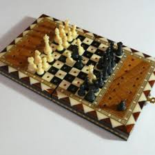 Vintage Handmade Chess Travel Collectible Wooden Folding Game Board Set Plastic Pieces