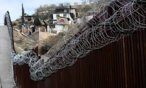 100 The Razor Remove The Razor Wire Some Arizona Bordertown Residents Plead