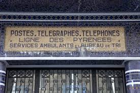 bureau de poste bordeaux bureau de poste des pyrénées ancienne façade des ptt