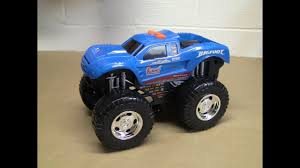 Adventure Force Wheel Standers BIGFOOT Monster Truck New Look 2017 ...
