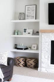 innenarchitektur kühles wohnzimmer regal dekorieren