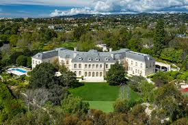 100 Mansions For Sale Malibu Aaron Spellings Mansion Sells For 120M Setting California Real