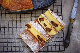 dessert aux pruneaux facile recette facile du far breton aux pruneaux de maman