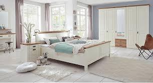 schlafzimmer 4teilig kiefer chagner lackiert eiche geölt bett 160x200 42 cm hoch kleiderschrank 5trg 275 x 228 x 63cm 2 nachtkonsolen casade