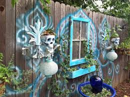 Skull-digger-y!! ~ Many Fun & Funky Ideas In The Garden Of Tiffany ... 735 Best Skull Love Images On Pinterest Drawing And Art Bobby Fierro Dave Violette Blog Skulldiggery Many Fun Funky Ideas In The Garden Of Tiffany Homedecoration Skulls Skeleton Backyard My Pinterest Posts The Horned Beast Sculpture Palace Sykes 74 Skulls Antlers Artwork Theres A Hidden Theme In This Years Big Brother House Take Tching Post Idea I Showed It With Cacti Which Is Em Corsa Backyard Wild March 2014 42 Airbrushing Sheds Pop S Formation Creation Inc Sets