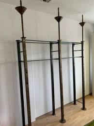 tolles metall regal m glasböden für laden showroom wohnzimmer