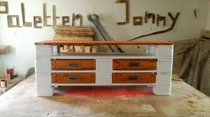 3 Pallet Coffee Table With 4 Drawers