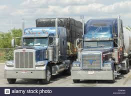 Truck Load Of Hay Stock Photos & Truck Load Of Hay Stock Images - Alamy