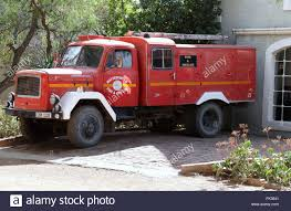 Rescue Truck Stock Photos & Rescue Truck Stock Images - Alamy Disaster Rescue Truck Isuzu Nqr Centro Manufacturing Cporation Fire Driving Lights Siren Stock Video Footage Videoblocks And Rescue Truck Intertional 4900 Pinterest Vehicle Heavy Orangeburg Department New York Flickr Us Air Force R2 Crash Miami Beach Emergency Service Saving Lives Meridian Burner Control Fire And Rescue Vehicles Expat Brush Southern Sales 2006 Truck Ford F350 4x6 Wet Customfire