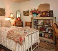 College Student Bedroom Decorating Ideas Vintage Crafts To Make And Sell Retro Dorm Decor Craft Projects