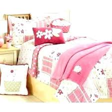 Cupcakes And Cashmere Twin Bedding Giveaway Cupcake Set Comforter Tw