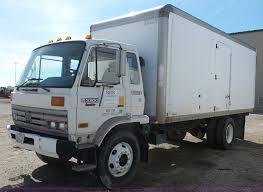 100 Poly Box Trucks 1990 UD 3300 Box Truck Item K5049 SOLD March 31 Constru