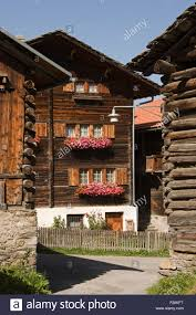100 Log Cabins Switzerland Cabins In A Village Vrin Stock Photo 87472108 Alamy