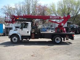 2007 International 4300 Elliott L55 Bucket Boom Truck - M092951 ...