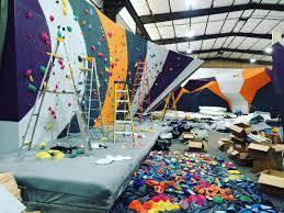Spirit Halloween Sacramento Arden by Pipeworks Bouldering Lead Climbing Top Yoga Crossfit
