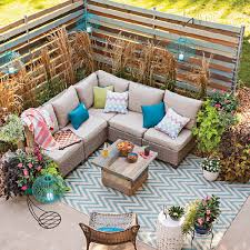 Patio Ideas for a Tight Bud