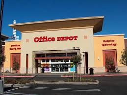 fice Depot Announces Plans to Close 400 Stores And s Rise