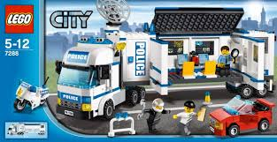 LEGO City 7288: Mobile Police Unit: Amazon.co.uk: Toys & Games Lego City Race Car Transporter Truck Itructions Lego Semi Building Youtube Tow Jet Custom Vj59 Advancedmasgebysara With Trailer Instruction 6 Steps With Pictures Moc What To Build Legos Semitrailer Technic And Model Team Eurobricks And Best Resource