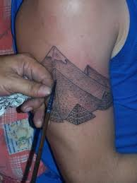Attractive Great Pyramid Of Giza Tattoo On Right Half Sleeve