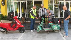 The Shoot Out Between Old And New Vespas Became A Hare Tortoise Race Vespa Would Easily Navigate Turns Had Huge Acceleration