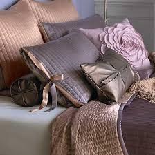 Modern Bedding Sets And Decorative Pillows