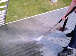 cleaning a roof roofing in milford massachusetts