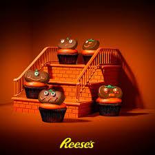 Skinnytaste Pumpkin Pie Cheesecake by Reese U0027s These Pumpkin Cupcakes Are Too Cute To Facebook