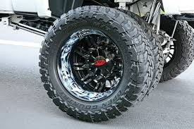 Mud Tires: Dually Mud Tires