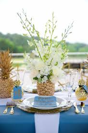 Casual Kitchen Table Centerpiece Ideas by Best 25 Pineapple Centerpiece Ideas On Pinterest Fiesta