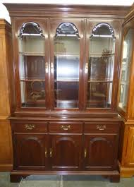 Ethan Allen Georgian Court China Cabinet