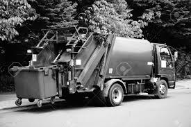 100 Garbage Trucks In Action Truck Stock Photos And Images 123RF