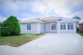 Nw 19th Ave Miami Gardens FL realtor
