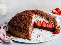 maulwurfkuchen mit erdbeeren klassiker neu entdeckt