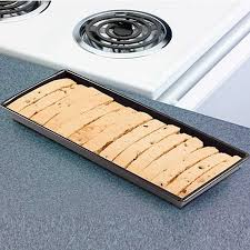 Vw Floor Pan Dimensions by Amazon Com Biscotti Pan Kitchen U0026 Dining
