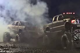 Video: Mud Bog Tug-O'-War Gone Wrong - Off Road Xtreme