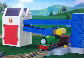 Thomas Tidmouth Sheds Toys R Us by Percy At The Ice Cream Factory Thomas And Friends Trackmaster