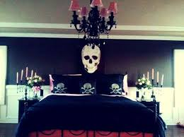 Halloween Bedroom Decorating Ideas For A Spooky Celebration