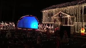 Christmas Tree Shop Warwick Rhode Island by 10 Christmas Light Displays In Rhode Island And Massachusetts You