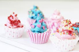 Badebomben In Cupcake Form Selbermachen Tolle DIY Geschenkidee Fur Weihnachten