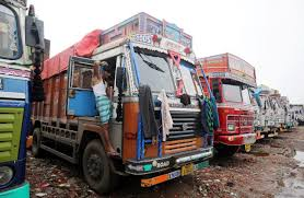 100 Truck Strike Indian Truckers End Strike After Eight Days Reuters