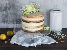 walnuss birnen torte mit mascarpone creme loui bakery
