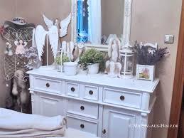 schlafzimmer mit shabby chic charme massiv aus holz