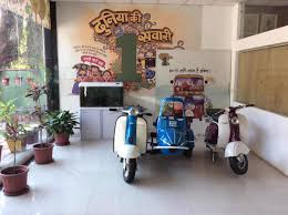 100 Auto Re Top Bajaj Rickshaw Dealers In Indore Best Bajaj Rickshaw