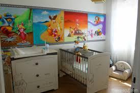 chambre de bébé winnie l ourson fresque deco winnie l ourson chambre bebe