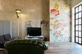 wohnzimmer im vintagestil mit graffiti bild kaufen