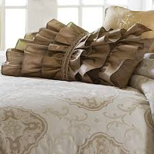 Cameo Luxury Bedding Set A Michael Amini Bedding Collection by