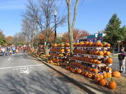 Keene Pumpkin Festival by File Pumpkins Main Street Keene Nh Jpg Wikimedia Commons