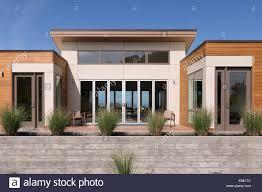 100 Blu Homes Prefab Model Home On Mare Island In Vallejo CA Stock