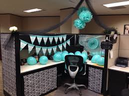 birthday cubicle decoration things to try pinterest cubicle