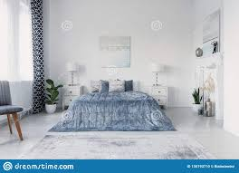 100 New York Style Bedroom Paining Above Big Comfortable Bed In Luxury